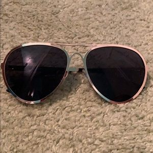 MINISO Gold Outlined Dark Lens Sunglasses